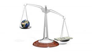 Globale Ungerechtigkeit, immer schlimmer ? / Globale Entwicklung, alles wird gut ?
